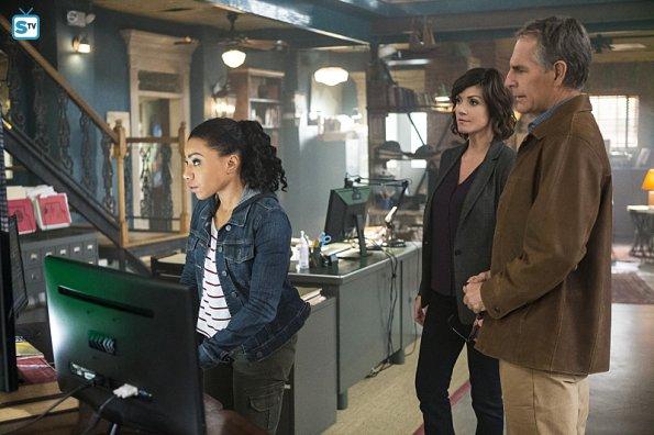 NCIS NO 2x12 (2)