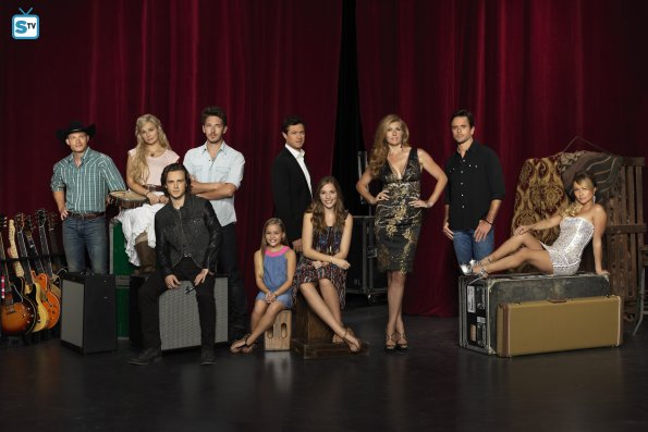 Nashville Cast Photo (39)