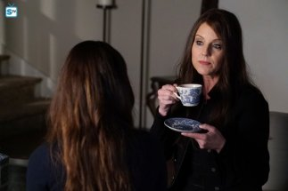 Pretty Little Liars, 7x1 (30)