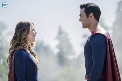 supergirl-2x2-1