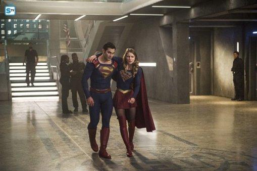 supergirl-2x2-11