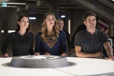supergirl-2x2-17