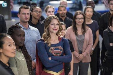 supergirl-2x3-20