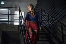 supergirl-2x4-4