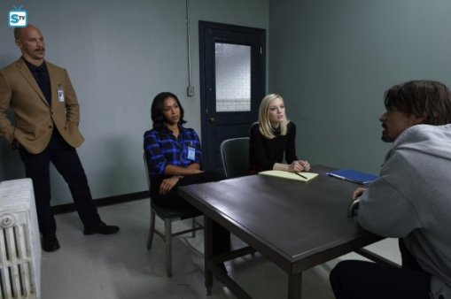 conviction-1x11-1