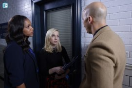 conviction-1x11-10