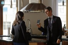 conviction-1x11-19