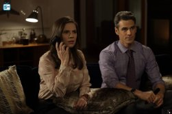 conviction-1x11-27