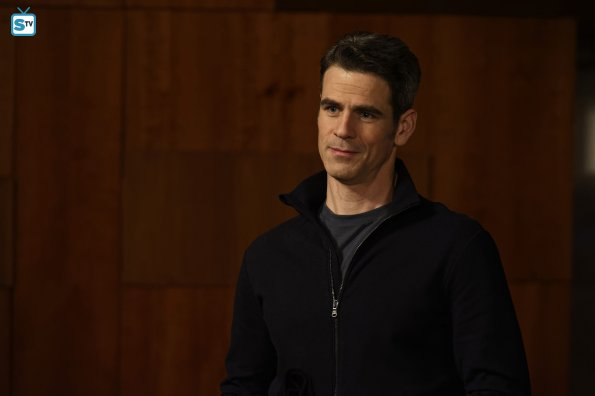 conviction-1x11-31