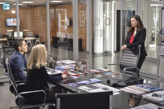 conviction-1x13-8