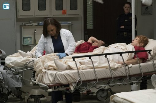 greys-anatomy-13x11-9