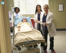greys-anatomy-13x13-3