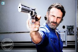 andrew-lincoln-as-rick-grimesc2a0-the-walking-dead-_-season-8-gallery-photo-credit-alan-clarke-amc_595_Mini Logo TV white - Gallery