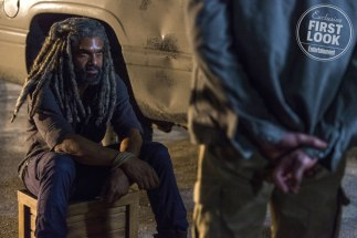 Walking Dead (2018) Khary Payton as Ezekiel - The Walking Dead _ Season 8, Episode 9 - Photo Credit: Gene Page/AMC