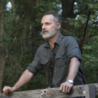 TWD_902_JLD_0514_0006_RT_595_Spoiler TV Transparent