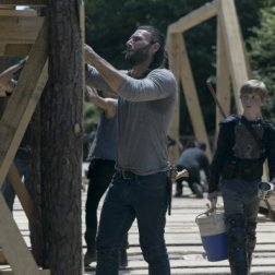 TWD_902_JLD_0514_0243_RT_595_Spoiler TV Transparent
