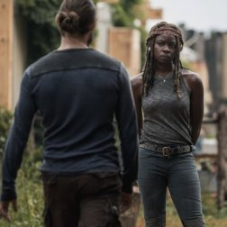 TWD_902_JLD_0516_1076_RT_595_Spoiler TV Transparent