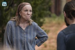 TWD_902_JLD_0516_1117_RT_595_Spoiler TV Transparent