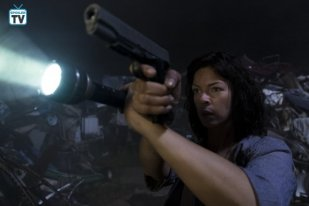 TWD_903_GP_0525_0278_RT_595_Spoiler TV Transparent