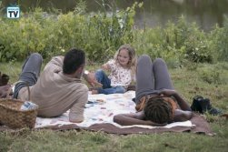 TWD_903_GP_0529_0104_RT_595_Spoiler TV Transparent