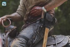 TWD_905_JLD_0621_05250_RT_595_Spoiler TV Transparent