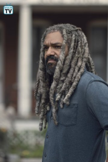 TWD_906_GP_0702_0061_RT_595_Spoiler TV Transparent