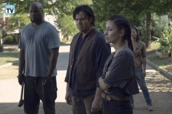 TWD_906_GP_0703_0862_RT_595_Spoiler TV Transparent