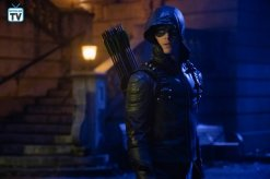 Elseworlds Pt 2, Arrow (15)