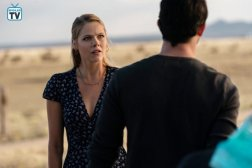 Roswell, 1x4 (11)